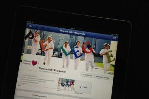 """""""Thieme liebt Pflegende"""" in der Facebook iPad-App"""