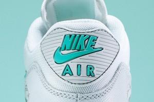 3 JD SPORTS Wmns Nike Air Max 90 Essential White:Light Retro:Pure Platinum 135€