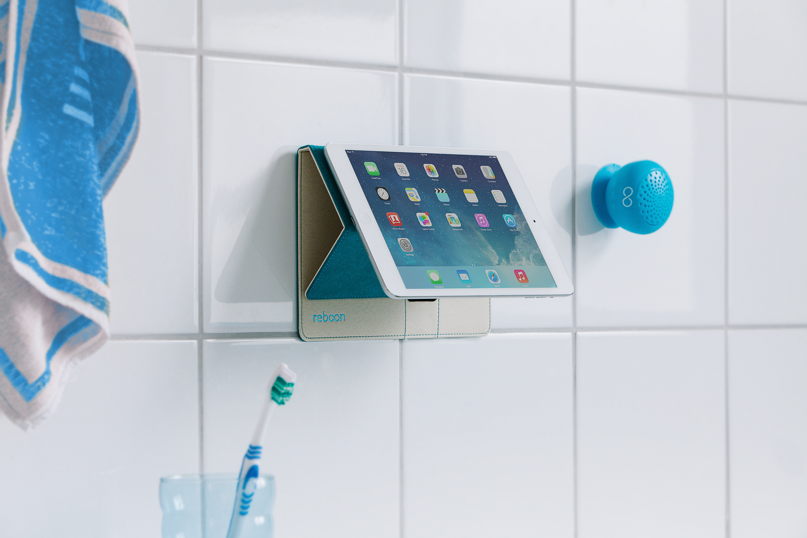 booncover-als-wandhalterung-badezimmer