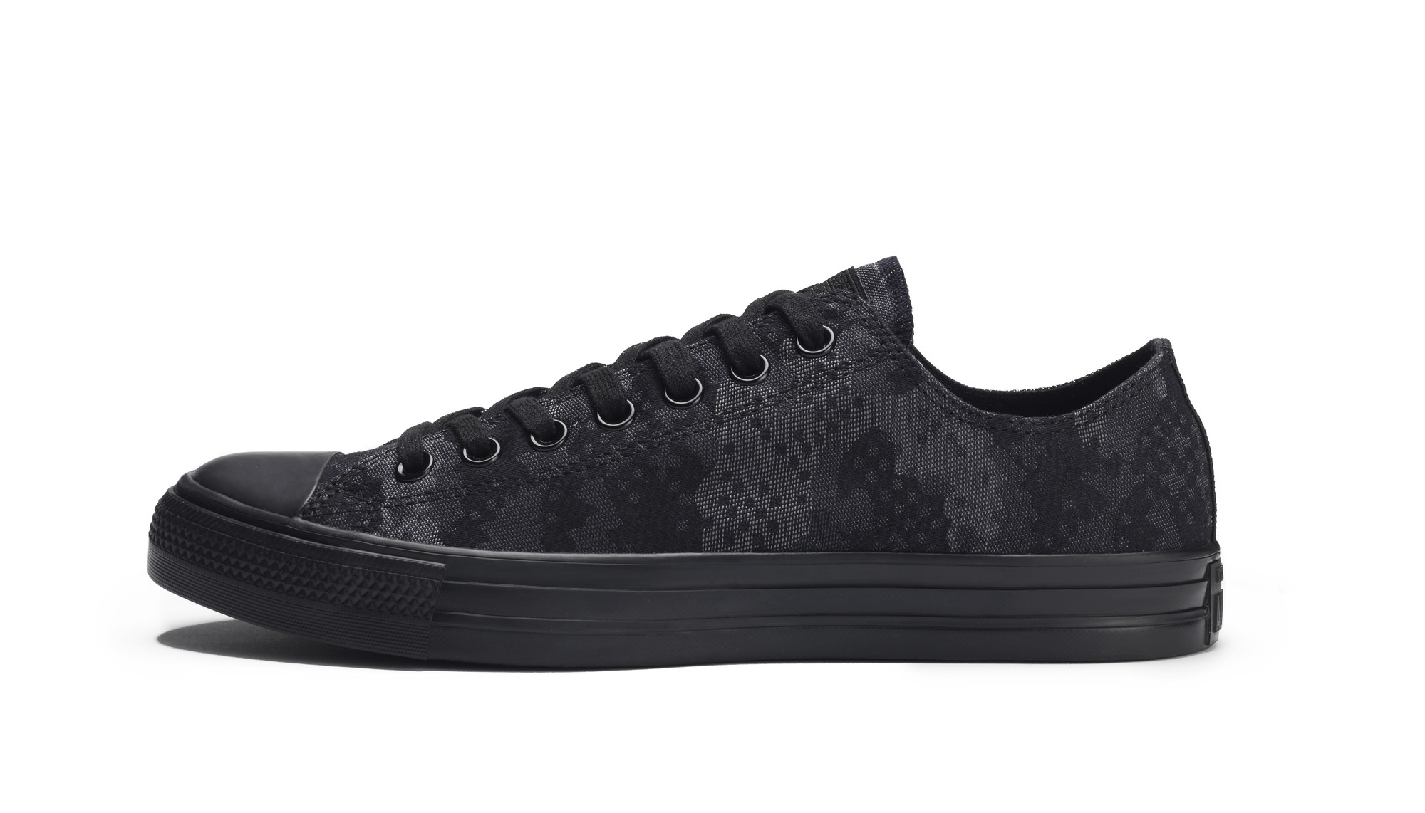 RS93007_Foot Locker Exclusive_Converse Chuck Taylor All Star Ox Camo Jacquard-lpr