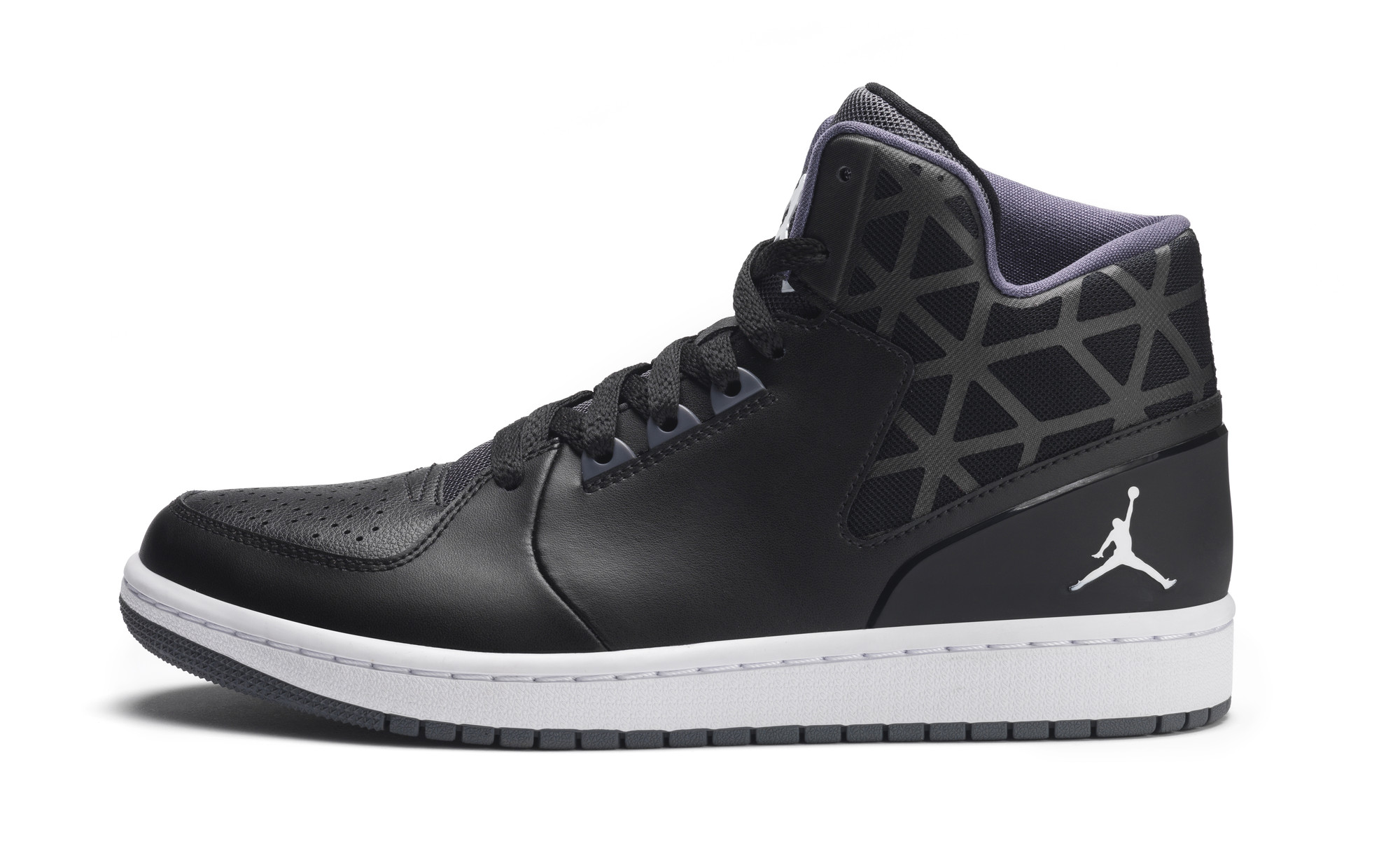 RS93012_Foot Locker Exclusive_Nike Jordan 1 Flight 3-lpr