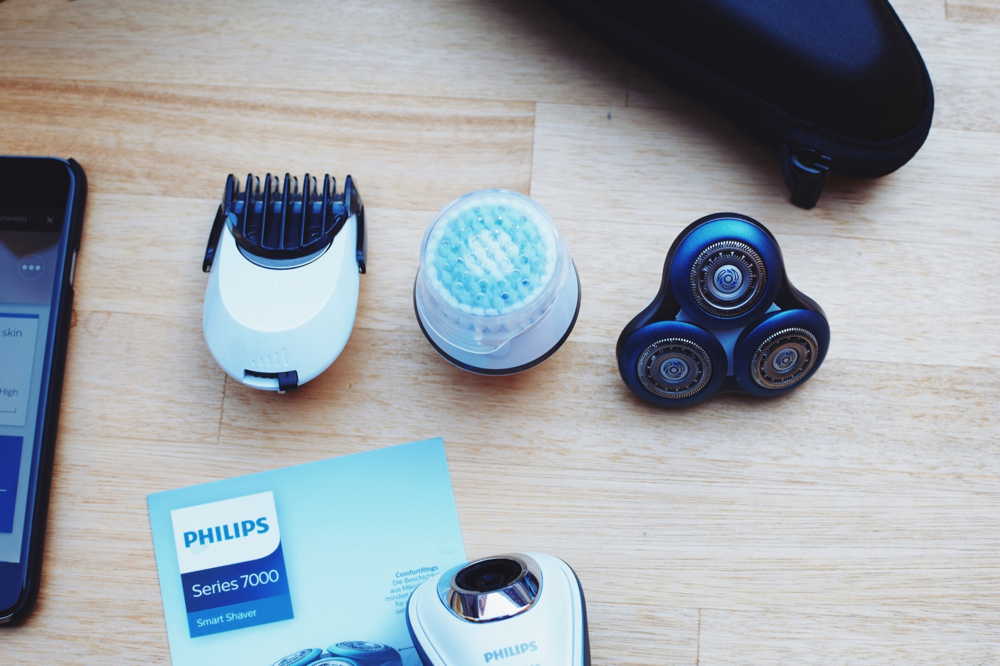 Philips Smart Shaver Series 7000 4