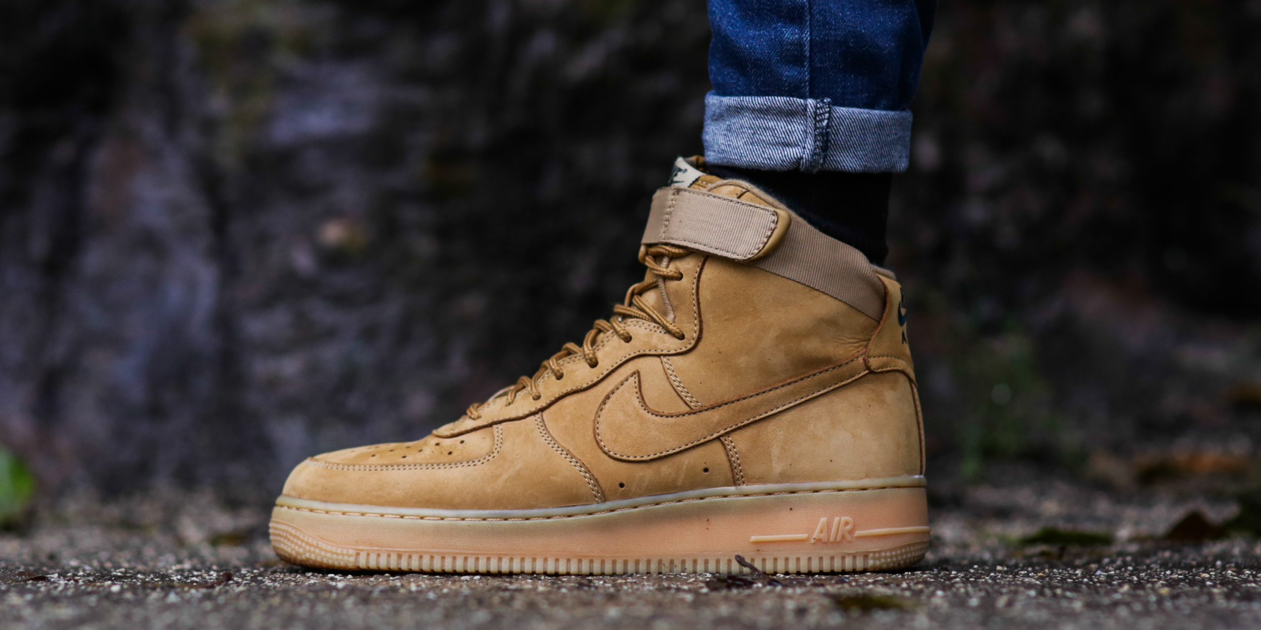 RS99767_Foot Locker_Nike Air Force 1 Hi'07 (2)