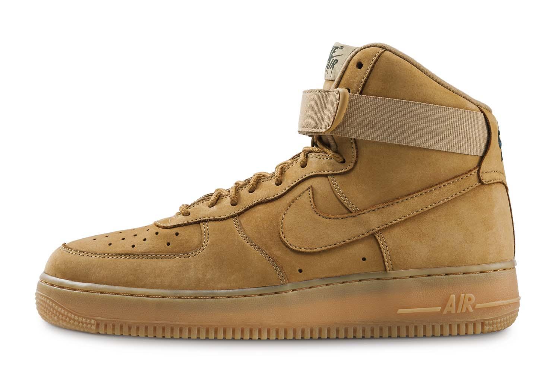 RS99768_Foot Locker_Nike Air Force 1 Hi'07