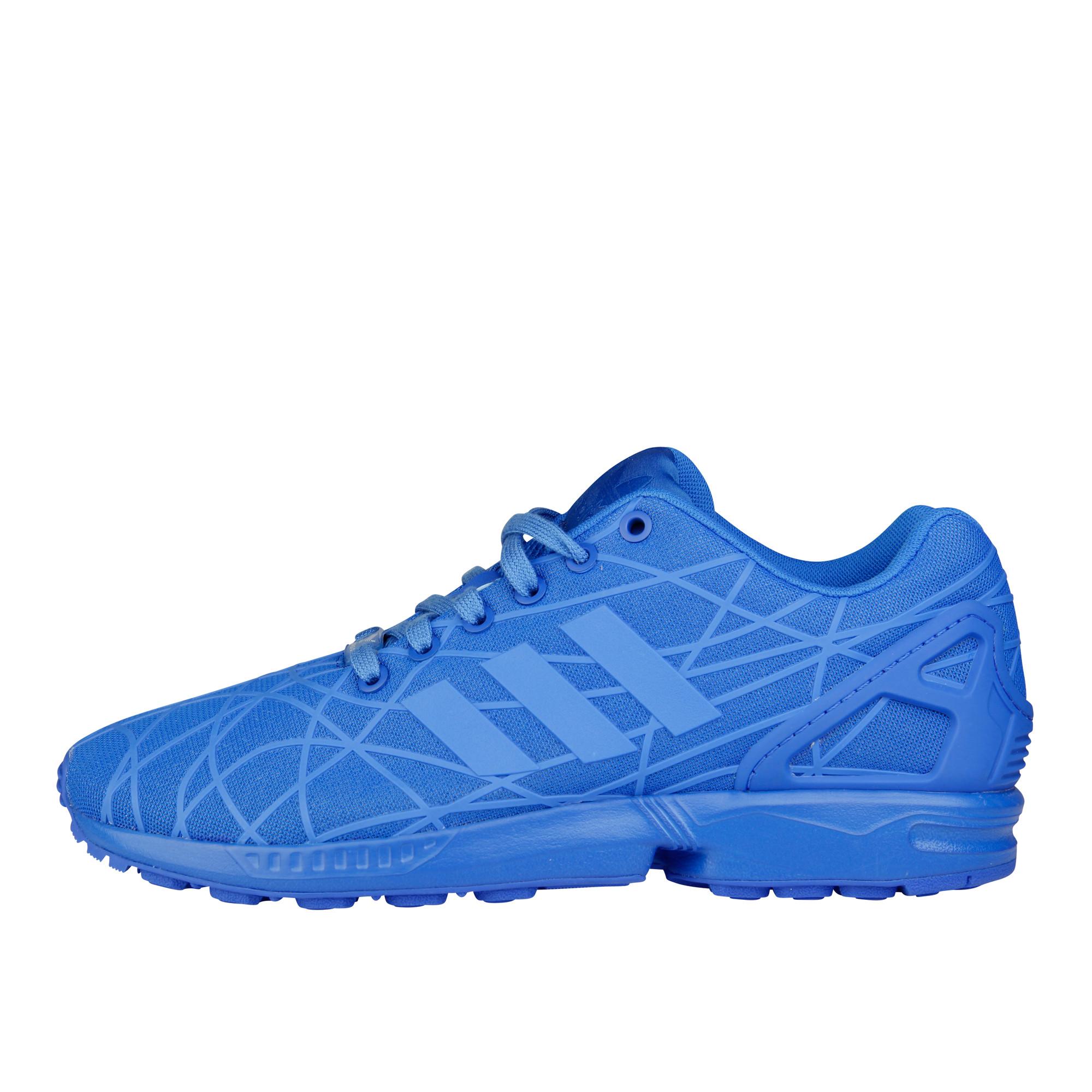 RS106243_Foot Locker x It Must Be February_adidas ZX Flux Blue-lpr