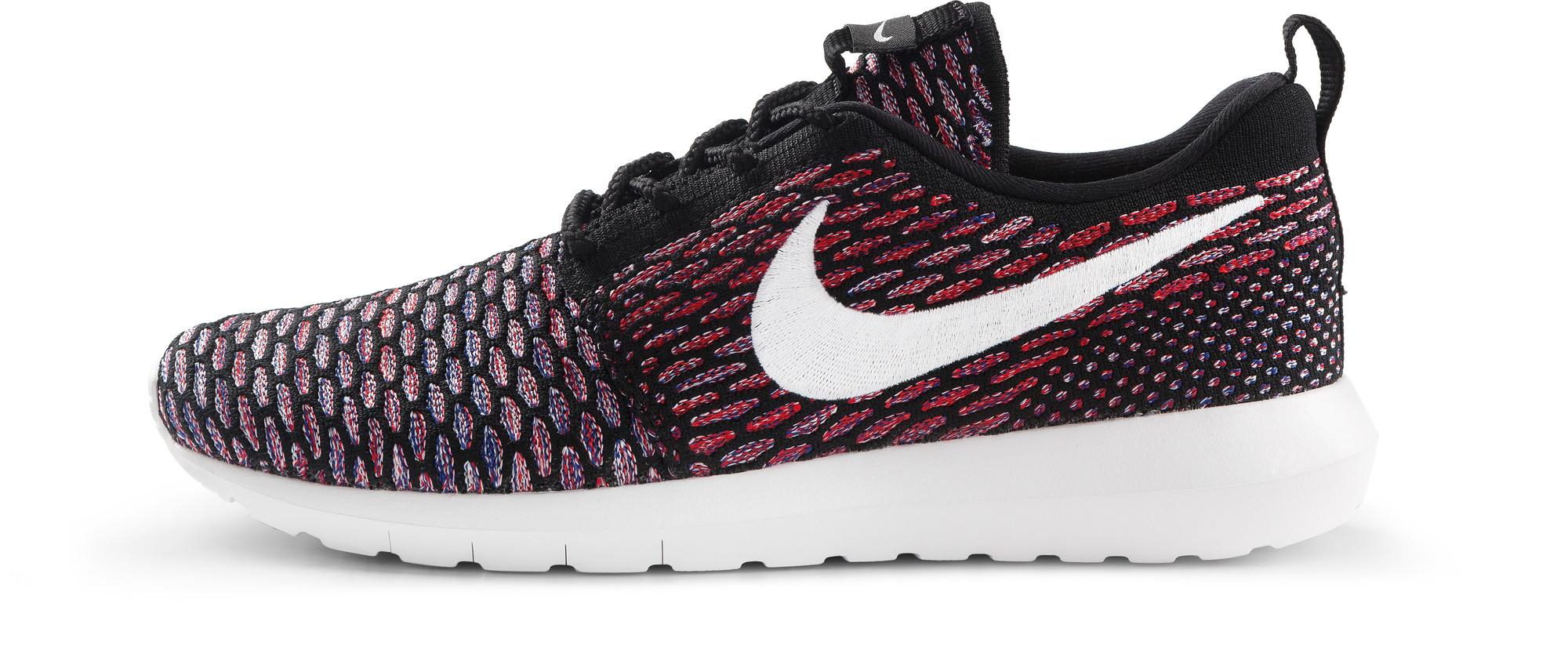 RS114927_Foot Locker_Nike_Roshe_NM_Flyknit_black_white_university-red-lpr