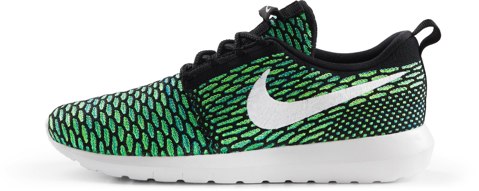 RS114928_Foot Locker_Nike_Roshe_NM_Flyknit_black_white_voltage-green-lpr