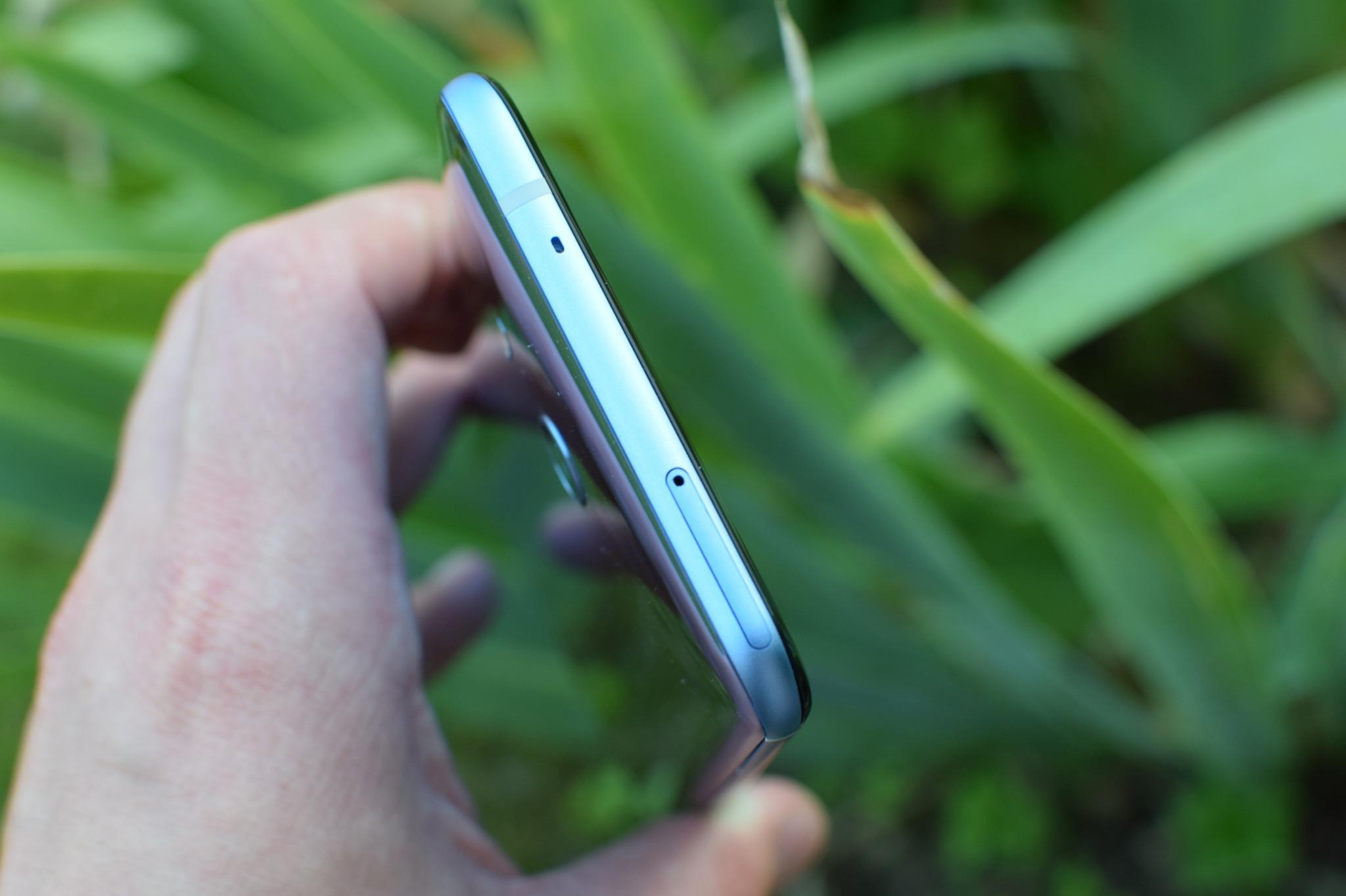 HTC U11_0156